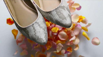 Payless Shoe Source Easter Sale TV Spot, 'Bloom' Song By Kate Nash - Thumbnail 4