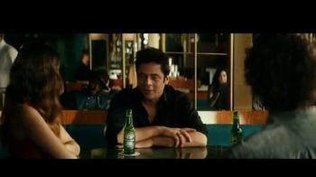 Heineken TV Spot, 'World Famous' con Benicio del Toro [Spanish] - Thumbnail 1