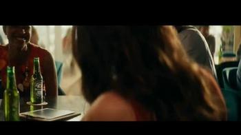 Heineken TV Spot, 'World Famous' con Benicio del Toro [Spanish] - Thumbnail 2