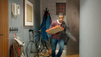 Little Caesars Hot-N-Ready Pizza TV Spot, 'Tipoff' - Thumbnail 6