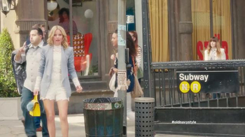 Old Navy TV Spot, 'Crosswalk' Featuring Elizabeth Banks, Song by Lil Dicky - Thumbnail 1
