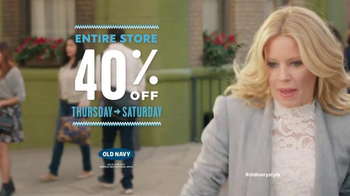 Old Navy TV Spot, 'Crosswalk' Featuring Elizabeth Banks, Song by Lil Dicky - Thumbnail 9