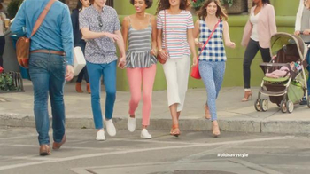 Old Navy TV Spot, 'Crosswalk' Featuring Elizabeth Banks, Song by Lil Dicky - Thumbnail 2