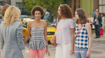 Old Navy TV Spot, 'Crosswalk' Featuring Elizabeth Banks, Song by Lil Dicky - 1471 commercial airings