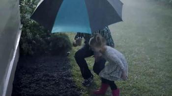 Walmart TV Spot, 'Easter Surprise: Jelly Bean Garden' - Thumbnail 4