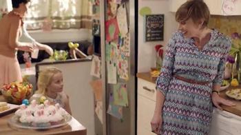 Walmart TV Spot, 'Easter Surprise: Jelly Bean Garden' - Thumbnail 7