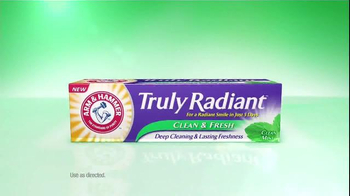 Arm and Hammer Truly Radiant Clean & Fresh TV Spot, 'Waterfall' - Thumbnail 3