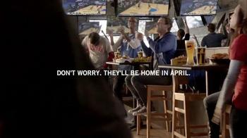 Buffalo Wild Wings TV Spot, 'Phone Home' - Thumbnail 8
