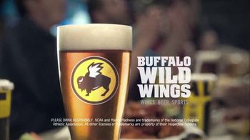 Buffalo Wild Wings TV Spot, 'Dropping Off' - Thumbnail 7