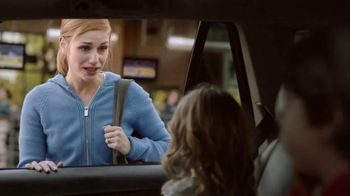 Buffalo Wild Wings TV Spot, 'Dropping Off' - Thumbnail 2