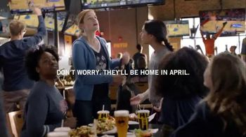 Buffalo Wild Wings TV Spot, 'Dropping Off' - Thumbnail 6