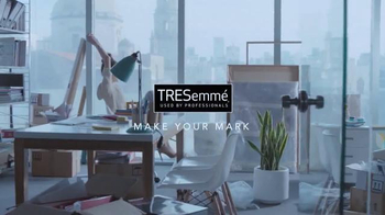 TRESemme TV Spot, 'Broadly: Power Posing' - Thumbnail 6