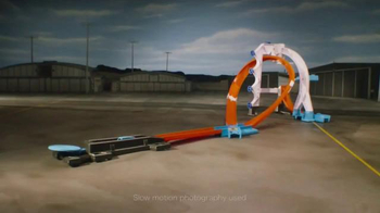 Hot Wheels Track Builder Stunt Kit TV Spot, 'Make It Epic!' - Thumbnail 2