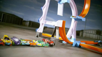 Hot Wheels Track Builder Stunt Kit TV Spot, 'Make It Epic!' - Thumbnail 3