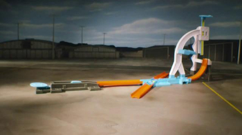 Hot Wheels Track Builder Stunt Kit TV Spot, 'Make It Epic!' - Thumbnail 9