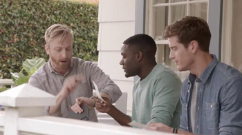 Time Warner Cable TWC TechTracker TV Spot, 'Betting' - Thumbnail 4