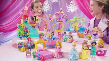Disney Princess Little Kingdom Ariel's Sea Castle TV Spot, 'Slide & Swing' - Thumbnail 6