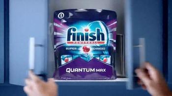 Finish Quantum Max TV Spot, 'Dishes' - Thumbnail 9