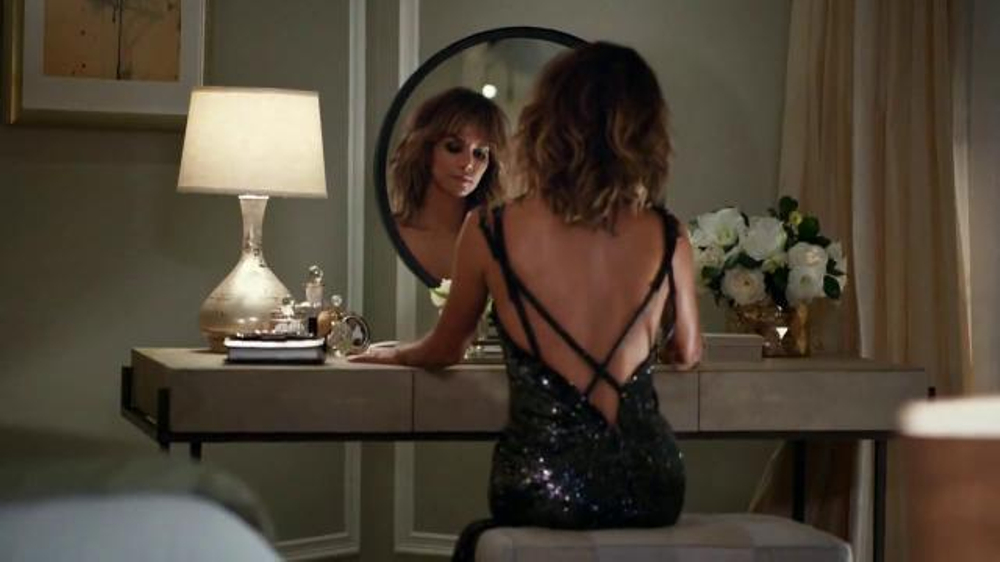 Revlon TV Commercial, 'Choose Love: Date Night' Featuring Halle Berry
