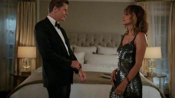 Revlon TV Spot, 'Choose Love: Date Night' Featuring Halle Berry - Thumbnail 7