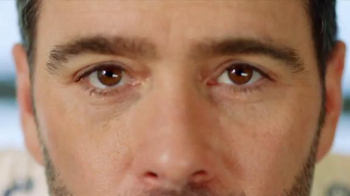 Valvoline TV Spot, 'Pit Pals: Staring Contest' Featuring Jimmie Johnson - Thumbnail 5