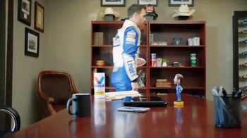 Valvoline TV Spot, 'Pit Pals: Staring Contest' Featuring Jimmie Johnson - Thumbnail 8
