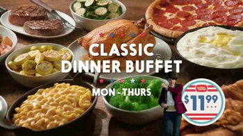 Golden Corral Premium Weekends TV Spot, 'Tuxedo' Featuring Jeff Foxworthy - Thumbnail 7