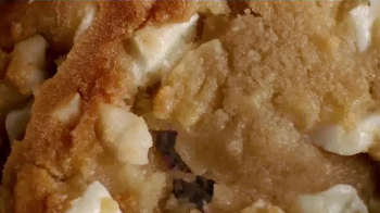Baskin-Robbins Warm Cookie Ice Cream Sandwich TV Spot, 'Crave' - Thumbnail 4