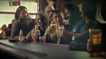Modelo Especial TV Spot, 'Coche clásico' [Spanish] - Thumbnail 10
