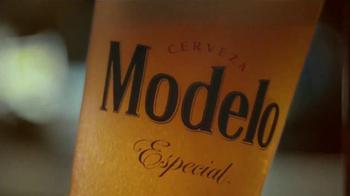 Modelo Especial TV Spot, 'Coche clásico' [Spanish] - Thumbnail 9
