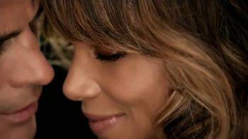 Revlon ColorStay 2-in-1 TV Spot, 'Elige amor' con Halle Berry [Spanish] - Thumbnail 7