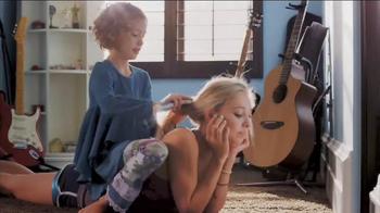 Avon TV Spot, 'Making the World a More Beautiful Place' - Thumbnail 1