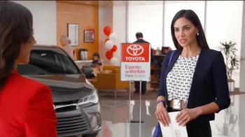 Toyota Evento de Ventas Para Todos TV Spot, 'Carro azul' [Spanish] - Thumbnail 2