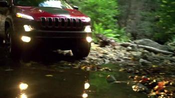2016 Jeep Cherokee Latitude TV Spot, 'Emerald City: Landscape' - Thumbnail 7