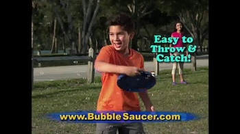 Bubble Saucer TV Spot, 'The Amazing Flying Bubble Machine' - Thumbnail 3