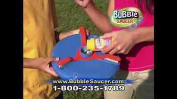 Bubble Saucer TV Spot, 'The Amazing Flying Bubble Machine' - Thumbnail 4