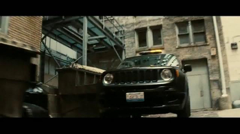 Jeep Renegade Special Edition TV Spot, 'Dawn of Justice: Into the Storm' - Thumbnail 3