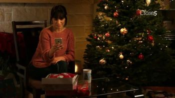Close5 TV Spot, 'Selling Christmas Gifts: Sweaters' - Thumbnail 5