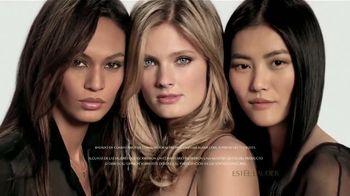 Estee Lauder Double Wear TV Spot, 'Maquillaje de larga duración' [Spanish]