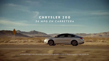 Chrysler TV Spot, 'sinfonía automotriz' cancion de BØRNS [Spanish] - Thumbnail 5