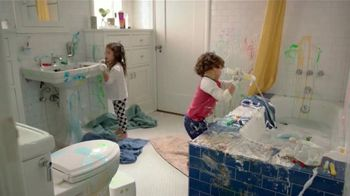 Scrubbing Bubbles Bathroom Cleaner TV Spot, 'Video viral' [Spanish]