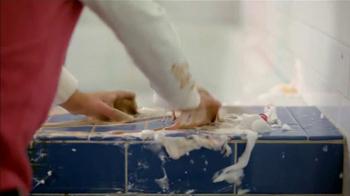 Scrubbing Bubbles Bathroom Cleaner TV Spot, 'Video viral' [Spanish] - Thumbnail 4