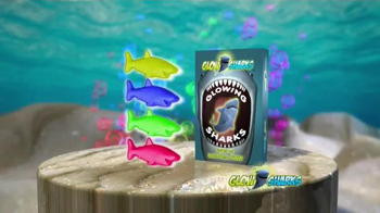 Glow Sharks TV Spot, 'Bath Time and Pool Time' - Thumbnail 4
