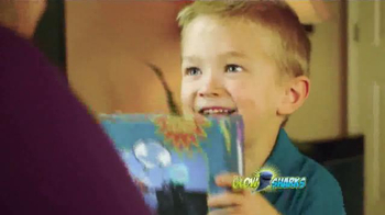 Glow Sharks TV Spot, 'Bath Time and Pool Time' - Thumbnail 5