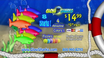 Glow Sharks TV Spot, 'Bath Time and Pool Time' - Thumbnail 7