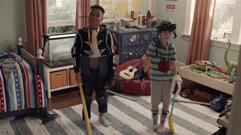 Kohl's TV Spot, 'Thanks Scott, Mom and Dad' - Thumbnail 8