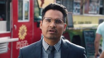 Bud Light TV Spot,'Food Truck' Ft. Seth Rogen, Amy Schumer and Michael Pena - Thumbnail 3