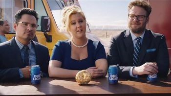 Bud Light TV Spot,'Food Truck' Ft. Seth Rogen, Amy Schumer and Michael Pena - Thumbnail 5
