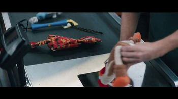 American Express TV Spot, 'A Doggie Shopping Spree' Featuring Tina Fey - Thumbnail 3