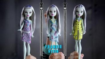 Monster High Designer Booo-Tique TV Spot, 'Dresses for Frankie' - Thumbnail 4